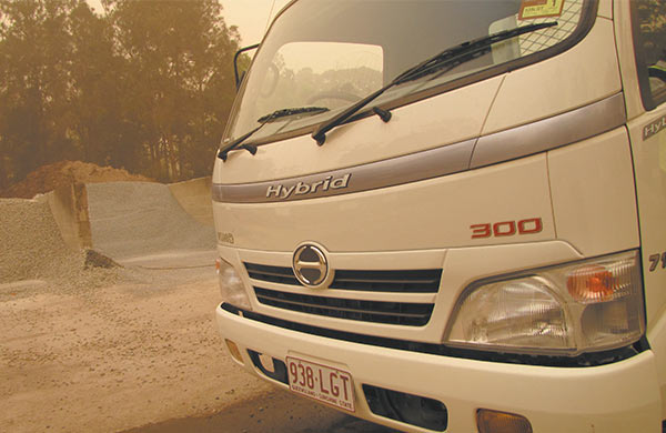 Hino ,-Hybrid ,-300-Series ,-714,-video ,-review ,-ATN5