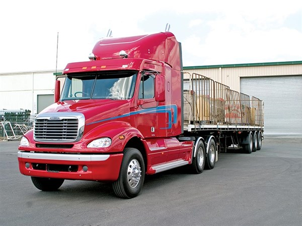 Freightliner -Columbia -C112-and -CL120-truck -review --ATN